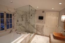 Master Bath Steam Shower - Hers